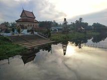 Thailändsk tempel i morgonen, Wat Na Rang Nok tempel, HadYai, Songkhla, Thailand Arkivbild