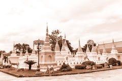 Thailändsk tempel, Thailand Royaltyfria Bilder