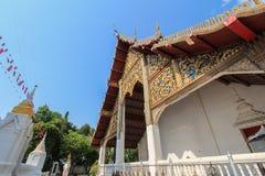 Thailändsk tempel (Wat i Lampang) Arkivfoto