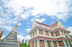 Thailändsk tempelarkitektur Arkivfoto