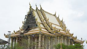 Thailändsk tempelkonstruktion Royaltyfri Bild
