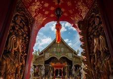 Thailändsk tempellanna Arkivfoton