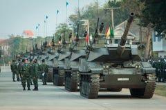 Thailändska armébehållare i den kungliga thailändska beväpnade styrkadagen 2014 Arkivbilder