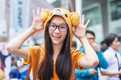 Thailändska cosplayers klär som teckenen från tecknad film och leken i den Japan festaen i Bangkok Royaltyfri Foto