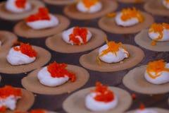 Thailändska frasiga pannkakor, syrlig för thailändsk stil knaprig, knaprig thai bakelse royaltyfria foton