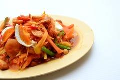 Thailändska Fried Noodle With Prawn och tioarmad bläckfisk Arkivbild