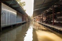 Thailändska kanalstalls royaltyfria foton