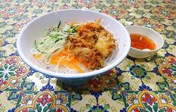 Thailändska mjuka Shell Crab Rice Noodles arkivfoton