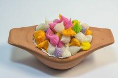 Thailändska sötsaker gjorde från naturprodukter är en thailändsk kultur arkivfoto