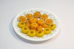 Thailändska sötsaker gjorde från naturprodukter är en thailändsk kultur royaltyfri foto