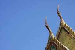 Thailändska tempeltak Arkivfoto