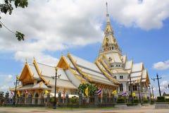 Thailändskt östligt tempel Royaltyfri Foto