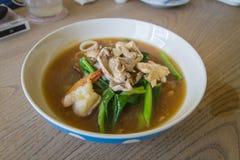 Thailändskt - kinesisk mat: Royaltyfri Fotografi