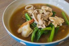 Thailändskt - kinesisk mat: Fotografering för Bildbyråer