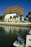 Thailändskt tempel. Royaltyfri Bild