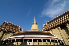 Thailändskt tempel Royaltyfri Fotografi