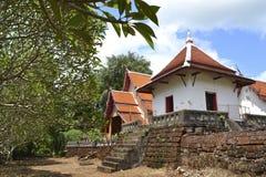 Thailändskt tempel. Royaltyfri Fotografi