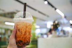 Thail?ndischer Tee mit braunem Zucker und Blase lizenzfreie stockfotografie