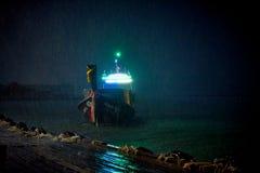 Thail?ndsk nationell fartygsegling runt om fj?rden royaltyfria foton