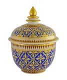 Thail-Porzellan mit desings in fünf Farben Stockfotografie