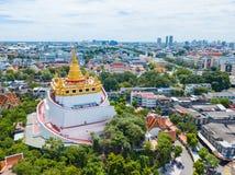 Thailand - 9. August 2017:: der goldene Berg in Wat Saket-Tempel Lizenzfreies Stockbild