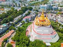 Thailand - 9. August 2017:: der goldene Berg in Wat Saket-Tempel Lizenzfreies Stockfoto