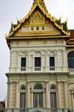 Thailand Azië in de paleizen van het tempeldak wat   mosai Stock Afbeeldingen