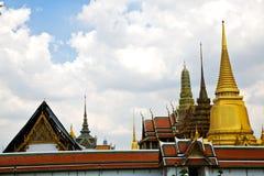 Thailand Azië in het goud van de de regentempel van Bangkok Stock Foto's