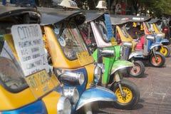 THAILAND BANGKOK KHAO SAN TUK TUK TAXI Arkivbilder