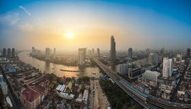 (Thailand). Bangkok Transportation at Dusk with Modern Business Building along the river (Thailand Royalty Free Stock Images