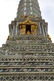 thailand Bangkok w deszczu i kolor religii Zdjęcie Stock