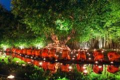 Thailand Chiang Mai Juni 06,2015 - Visakha Puja Day, ceremen Royaltyfria Bilder