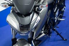 Thailand - December, 2018: den nära ärliga sikten av den Suzuki GSX-S mopeden framlade i motorexpon Nonthaburi Thailand arkivfoton