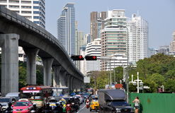 thailand för bangkok vägsilom trafik Arkivbilder