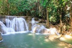 thailand för mae för huaikaminkanchanaburi vattenfall arkivbilder