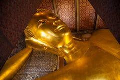 thailand för staty för bangkok buddha guldpho reclining wat Arkivfoto
