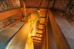 thailand för staty för pho för bangkok buddha framsidaguld reclining wat Arkivbilder