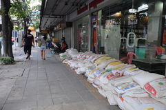 Thailand flood01. THAILAND, Central of Bangkok district - OCTOBER 25 -Thai flood hits Bangkok areas, Any people prepairing for protect, here in Central of Royalty Free Stock Photo