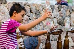 Thailand: Het jongenstalent toont stock afbeelding