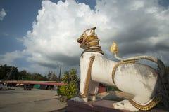 THAILAND KANCHANABURI SANGKHLABURI WAT WANG WIWEKARAM Royaltyfri Bild