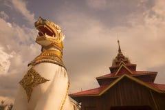 THAILAND KANCHANABURI SANGKHLABURI WAT WANG WIWEKARAM Royaltyfri Foto