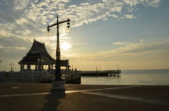 Thailand Laem solbränna av den Bangsan stranden Arkivfoton