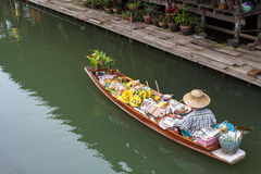 Thailand Markets Longboat. The Damnoen Saduak Floating Market is located at Damnoen Saduak District, Ratchaburi Province, about 85 kms from Bangkok, Thailand Royalty Free Stock Image