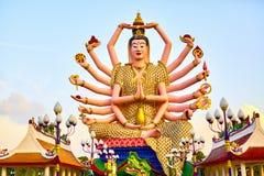 Thailand-Markstein Guan Yin Statue At Big Buddha-Tempel Buddhis Lizenzfreies Stockfoto