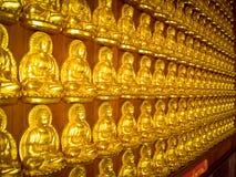 THAILAND - 27. NOVEMBER 2015: Traditioneller und der Architektur der chinesischen Art Tempel, Nonthaburi im September 2012 bei Wa Lizenzfreie Stockfotografie