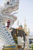 THAILAND PHAYAO WAT RATCHAKHOT TEMPEL Royaltyfria Foton