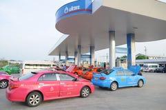 Thailand-Rollennachfüllungskraftstoff am Kraftstoff station02 lizenzfreie stockfotografie