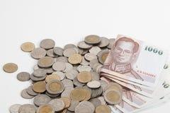 Thailand sedlar och mynt royaltyfri foto