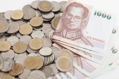 Thailand sedlar och mynt royaltyfria bilder