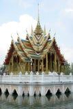 Thailand som flottörhus tempelet. Arkivbilder